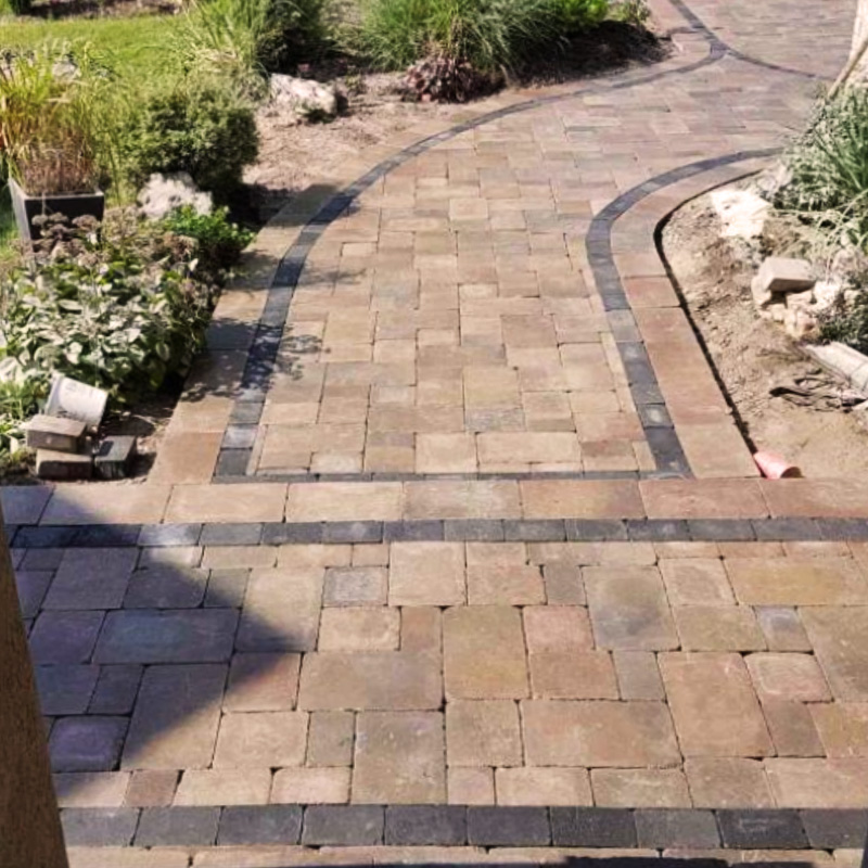 Stonework walkway with interlock and design accents
